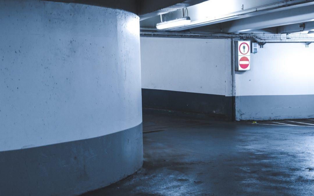¿Qué servicios suele integrar el mantenimiento de garaje?
