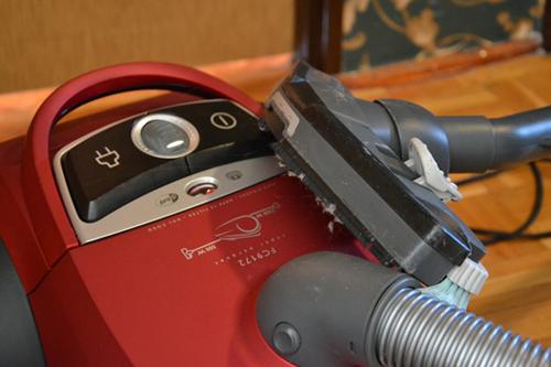 Limpiar con la aspiradora y perfuma la casa