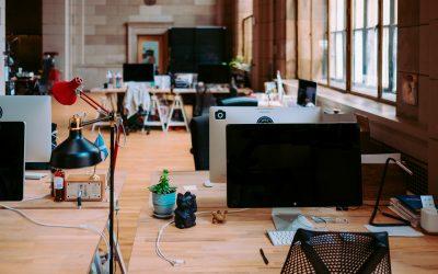 ¿Limpiar tú o contratar a una empresa de limpieza para oficinas?
